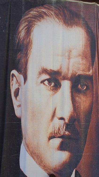 portrait de mustafa kemal ataturk président de république turque