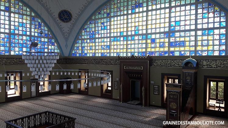 nouvelle mosquée Istoç ou istoç yeni cami mosquée moderne et insolite d'istanbul