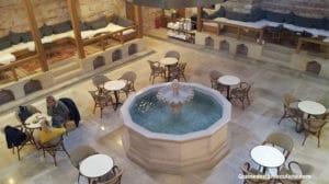 hammam historique Kilic Ali Pasa à Istanbul en Turquie - salle froide
