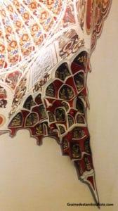 stuc taillé dans la mosquée verte de Bursa, élément de style seldjoukide dans la mosquée pré-ottomane