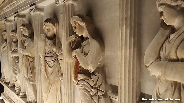 sarcophage des Pleureuses du roi Straton de Sidon, Phénicien, musée archéologique d'Istanbul
