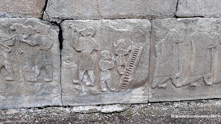 alaca höyük, orthostate, acrobates, avaleur sabre, jongleurs, nains, Hatti, Hittites