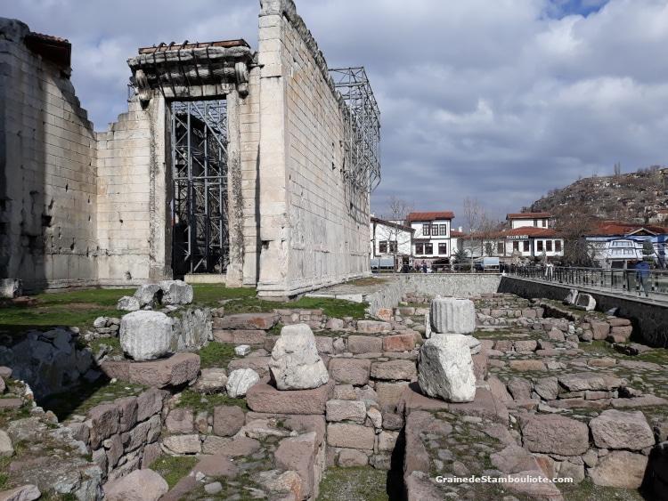 Temple d'Auguste à Ankara, site archéologique antique romain, Turquie